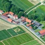 Erbacher-Hof-Luftaufnahme_1